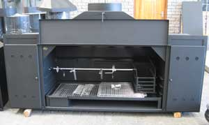 Custom spitbraai with cabinet on other side